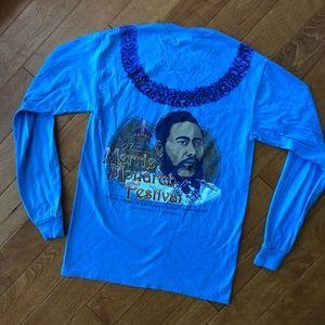 NWOT, never worn, Merrie monarch long sleeve shirt